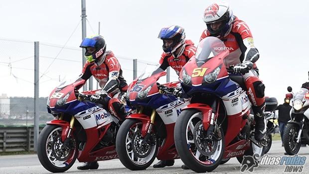 Pilotos Honda participam da apresentação da CBR 1000RR Fireblade 2015, no Autódromo de Interlagos | Crédito: William Lucas/VIPCOMM